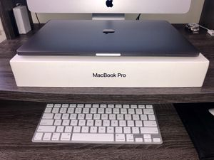 "2017 MacBook Pro 15"" Touch-bar I7 16Gb Ram 256gb SSD. for Sale in Los Angeles, CA"