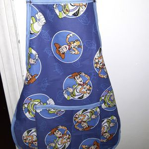 Kids Toy story Apron Ages 4 to 6 for Sale in Cayce, SC