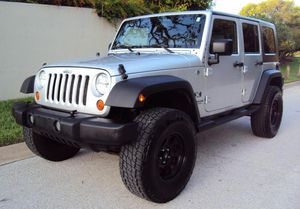 JEEP WRANGLER 07 // UNLIMITED X EDITION *SILVER* GREAT for Sale in Detroit, MI