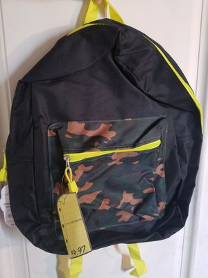 Backpack's Neon,black and camo for Sale in North Las Vegas, NV