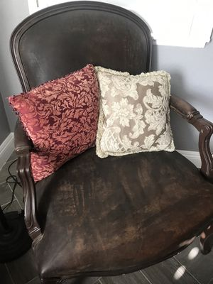 Sillon for Sale in Redlands, CA
