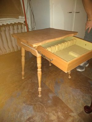Night Stand for Sale in Binghamton, NY