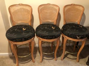 3 Bar Stools for Sale in Riverview, MI