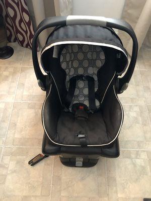 Britax B- safe ultra infant car seat for Sale in Orlando, FL