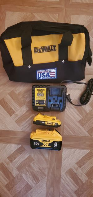 DEWALT DCB208 20V 8AH AND 2.0 AH , CHARGER AND TOOL BAG Firm price for Sale in Dumfries, VA