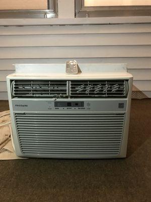 Frigidaire 10,000 BTU AC Unit with Remote Control $200 for Sale in Butner, NC