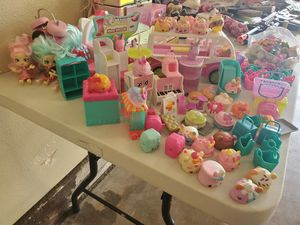 150 piezas de shopkins for Sale in Irving, TX
