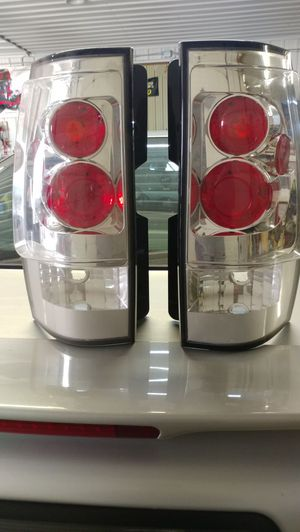 07-13 chevy taillights new for Sale in Ashley, OH