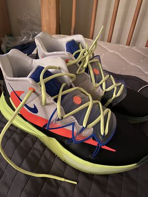 Nike Kyrie 5 basketball shoes for Sale in Monterey Park, CA