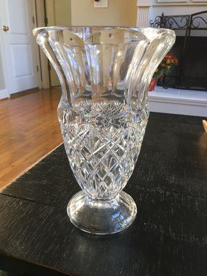 Beautiful Towle 24% lead crystal vase for Sale in Cumming, GA