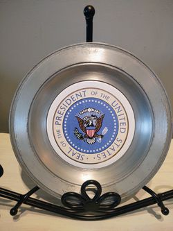 Vintage Seal If The President Of The United States Pewter Plate for Sale in Pleasant Hill,  IA