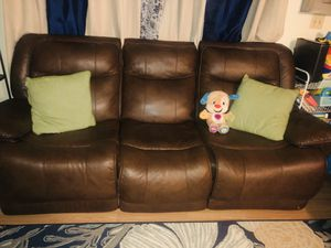 Set of couch and love seat leather for Sale in Visalia, CA