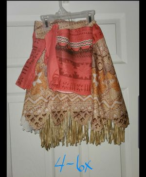 Moana costume size 4-6x for Sale in Brook Park, OH