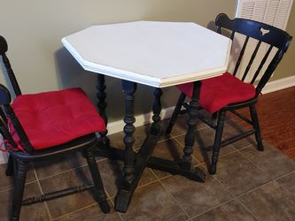 Antique Table for Sale in Westmoreland,  TN