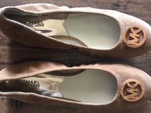 Michael Kors ballet flats 9 1/2 barely worn for Sale in Chandler, AZ