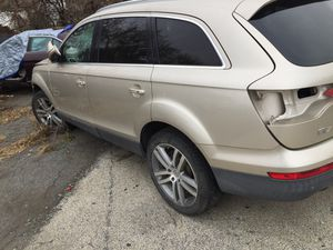 Audi Q7 (parts only) for Sale in Philadelphia, PA
