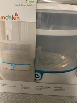 Munchkin Clean Electric Sterilizer for Sale in Fountain Valley,  CA