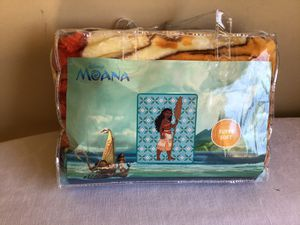 "New Disney Moana Super Soft Plush Raschel Baby Throw Blanket 43.5"" x 55"" for Sale in Long Beach, CA"