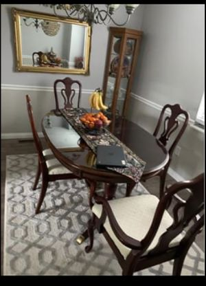Beautiful antique dinning room table for Sale in Eureka, MO