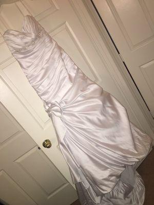 Never worn formal dress for Sale in Stafford, VA