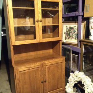 Kurio/Buffá Oak Cabinet for Sale in Pineville, LA