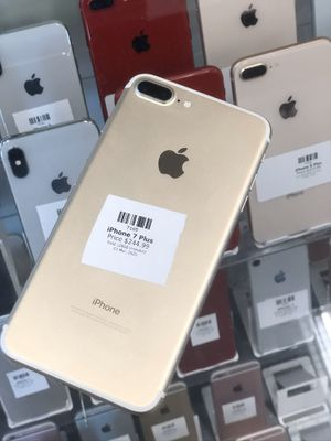 Gold IPhone 7 Plus 32GB (CARRIER UNLOCKED) for Sale in Rancho Cordova, CA