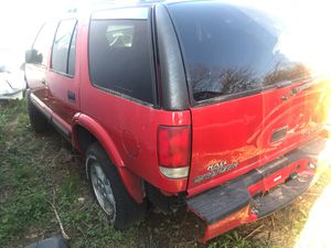 2000 Chevy Blazer. Parts only for Sale in Marietta, GA