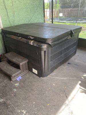 Hot Tub for Sale in Brandon, FL
