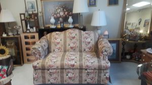 Beautiful antique loveseat for Sale in Glenolden, PA