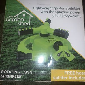 Lightweight garden sprinkler with the spraying power of a heavyweight for Sale in Norwalk, CA
