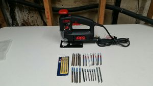 Skill jigsaw with 27 new blades VGC for Sale in Mount Prospect, IL