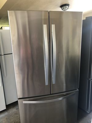 Whirlpool French door refrigerator for Sale in Fort Lauderdale, FL