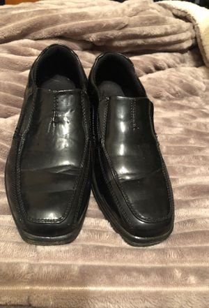 Little boy dress shoes size 3 for Sale in Douglasville, GA