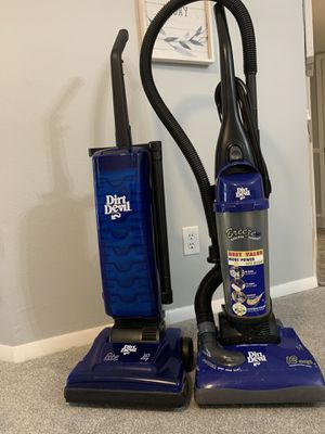2 vacuums for Sale in Palm Harbor, FL