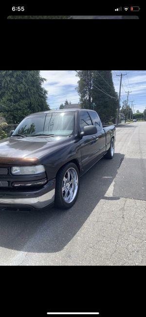 2000 Chevy Silverado V-6 for Sale in Tacoma, WA