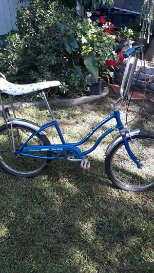 1976 Schwinn stingray fair lady for Sale in Los Angeles, CA