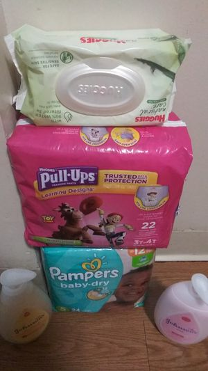 Pampers & pull-ups 2 packs of wipes for Sale in Akron, OH