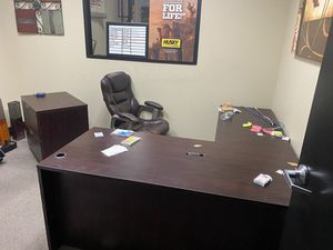 Desk with matching file cabinet. for Sale in Ontario, CA