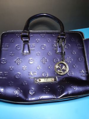 Versace versus bag for Sale in Raleigh, NC
