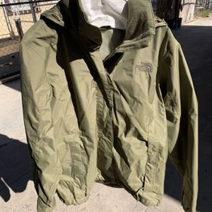 North face Women's Medium Green Rain Jacket for Sale in National City, CA