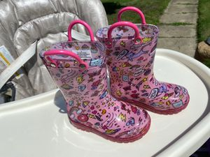 Twinkle Olive & Edie/Rain boots - toddler size 6 for Sale in Schererville, IN