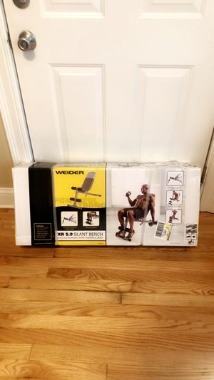 Weight bench adjustable XR 5.9 for Sale in Chicago, IL