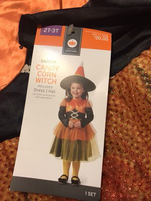 Halloween dresses and costume for Sale in Houston, TX