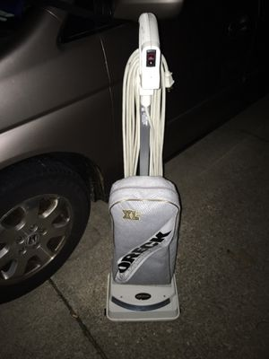 Oreck XL life vacuum great condition only 75 Firm for Sale in Glen Burnie, MD