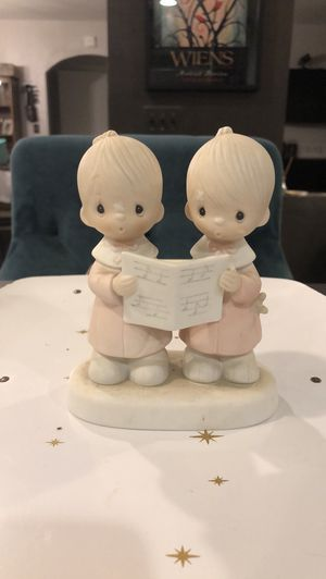 Precious Moments Figurine Peace on Earth for Sale in Las Vegas, NV