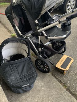 Uppababy Double Stroller for Sale in Everett,  WA