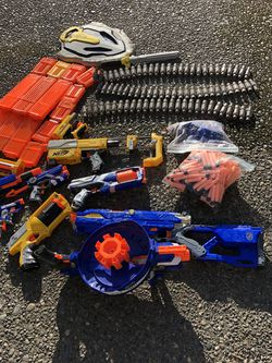 10 Nerf Guns W/accessories And Over 300 Bullets for Sale in Kent,  WA