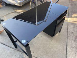 Desk for Sale in La Mirada, CA