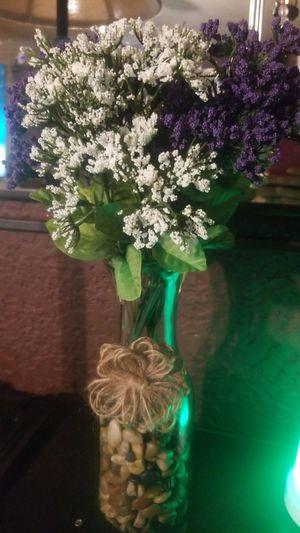 Flowers in vase for Sale in Reynoldsburg, OH