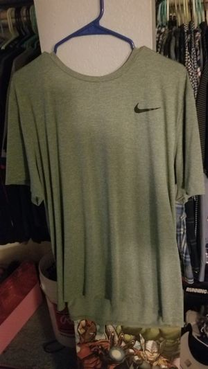 Nike Soft Shirt for Sale in Montclair, CA